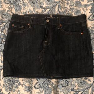 7 for all mankind mini jean skirt size 30